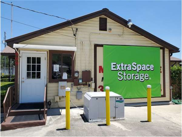Image of Extra Space Storage Facility on 499 N Spring Garden Ave in DeLand, FL