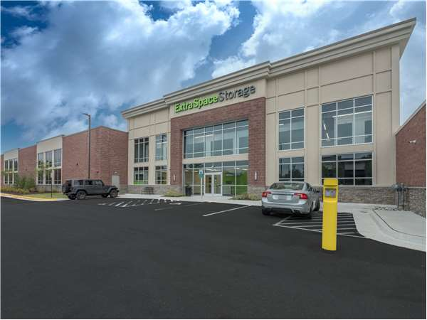 Image of Extra Space Storage Facility on 12675 Apollo Dr in Woodbridge, VA