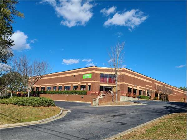Image of Extra Space Storage Facility on 5110 McGinnis Ferry Rd in Alpharetta, GA