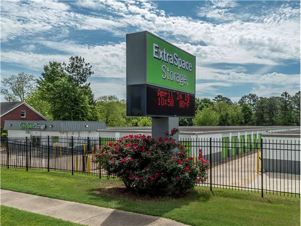 Superbe Entry To Extra Space Storage Facility Near Opelika Rd In Auburn, AL ...