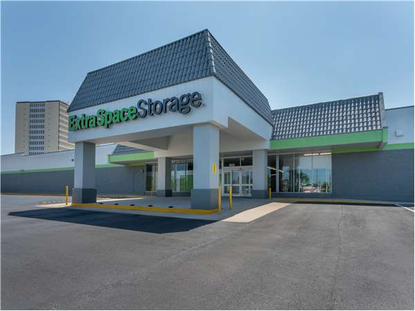 Etonnant Entry To Extra Space Storage Facility Near Pasadena Avenue S In St  Petersburg, ...