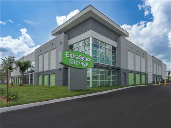 Image of Extra Space Storage Facility on 6780 Seminole Blvd in Seminole, FL