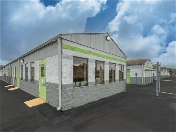 Image of Extra Space Storage Facility on 1030 Reeves St in Dunmore, PA