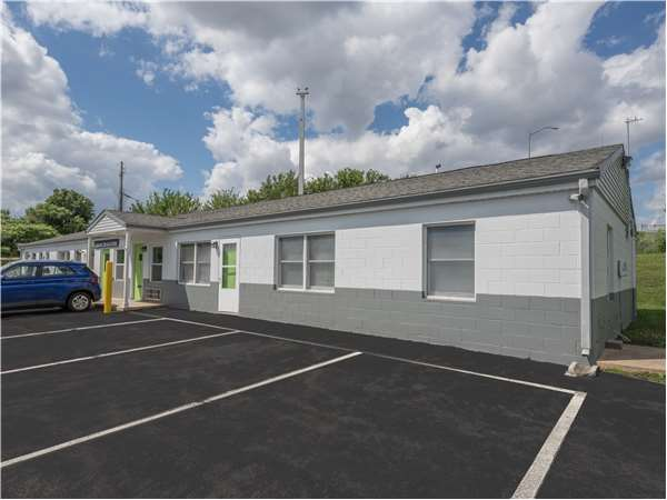 Image of Extra Space Storage Facility on 154 Leaders Heights Rd in York, PA