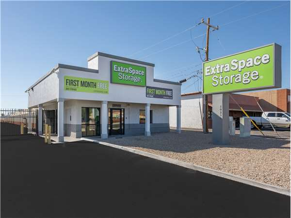 Image of Extra Space Storage Facility on 10250 N 19th Ave in Phoenix, AZ