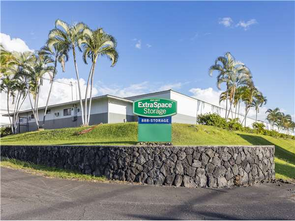 Image of Extra Space Storage Facility on 73-5562 Lawehana St in Kailua-Kona, HI