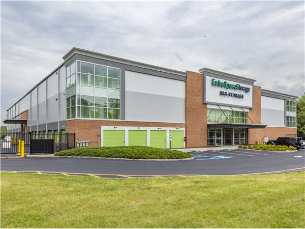 Image of Extra Space Storage Facility on 300 Morris Ave in Denville, NJ
