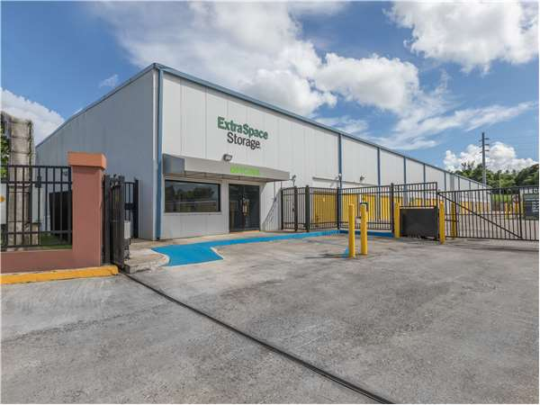 Image of Extra Space Storage Facility on Urb Valencia 2 #102 in Juncos, PR