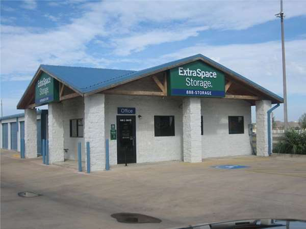 Image of Extra Space Storage Facility on 5300 Coulter St in Amarillo, TX