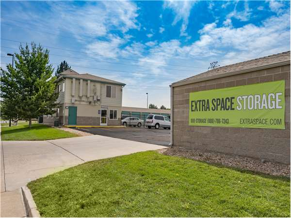 Image of Extra Space Storage Facility on 15200 E 53rd Ave in Denver, CO