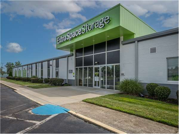 Image of Extra Space Storage Facility on 9601 Monroe Rd in Charlotte, NC