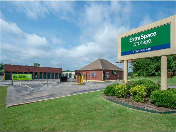 Image of Extra Space Storage Facility on 700 Martin Rd SW in Huntsville, AL