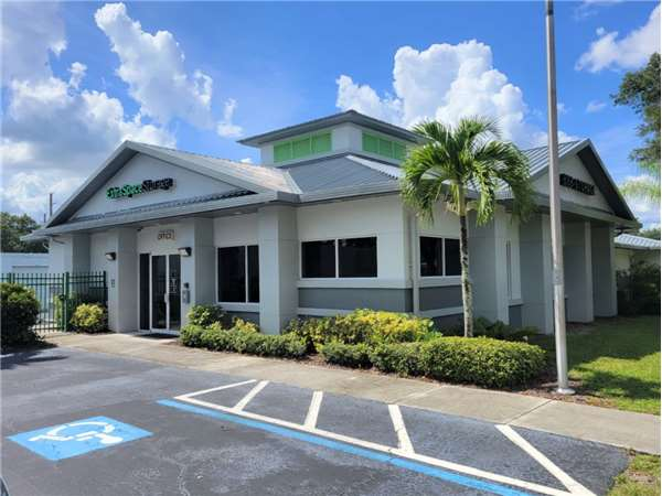 Image of Extra Space Storage Facility on 5150 University Pkwy in Sarasota, FL