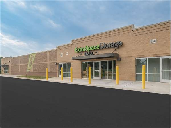 Image of Extra Space Storage Facility on 5801 W WT Harris Blvd in Charlotte, NC