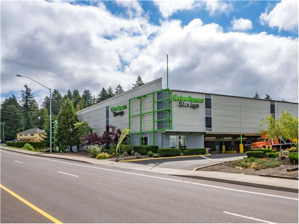 Image of Extra Space Storage Facility on 11318 SW Barbur Blvd in Portland, OR