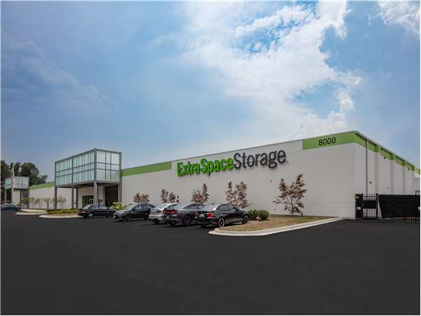 Image of Extra Space Storage Facility on 8000 Telegraph Rd in Severn, MD