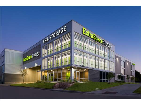Image of Extra Space Storage Facility on 13705 Montfort Dr in Dallas, TX