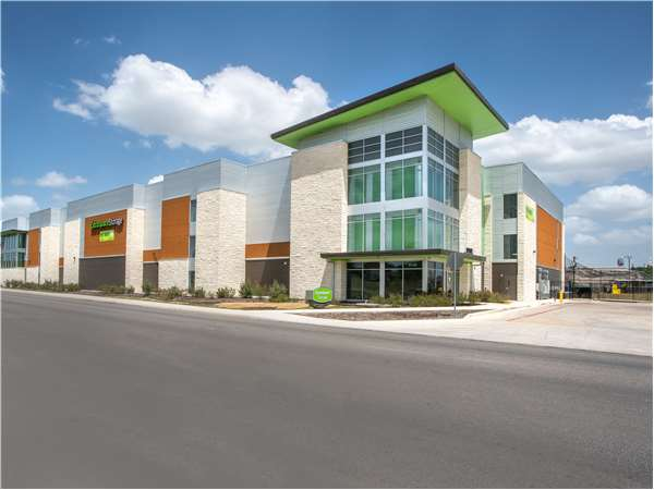 Image of Extra Space Storage Facility on 9738 Huebner Rd in San Antonio, TX