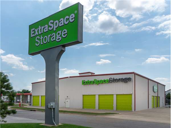 Image of Extra Space Storage Facility on 7124 NW 122nd St in Oklahoma City, OK