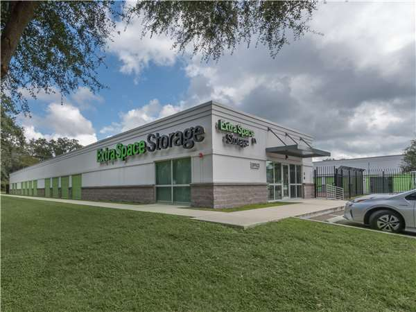 Image of Extra Space Storage Facility on 7018 US-301 in Riverview, FL