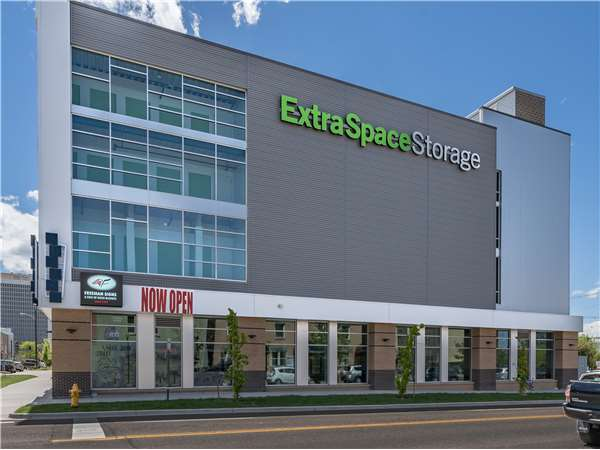 Image of Extra Space Storage Facility on 2255 Champa St in Denver, CO
