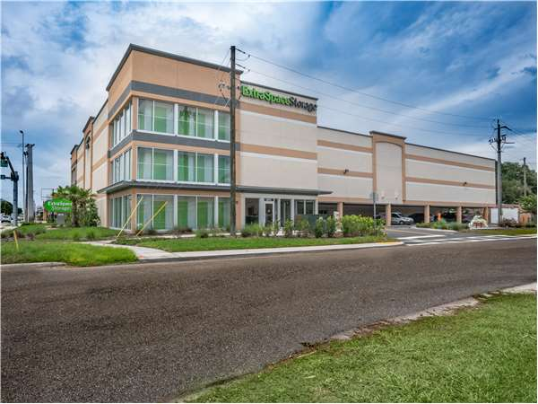 Image of Extra Space Storage Facility on 4515 S Tamiami Trl in Sarasota, FL