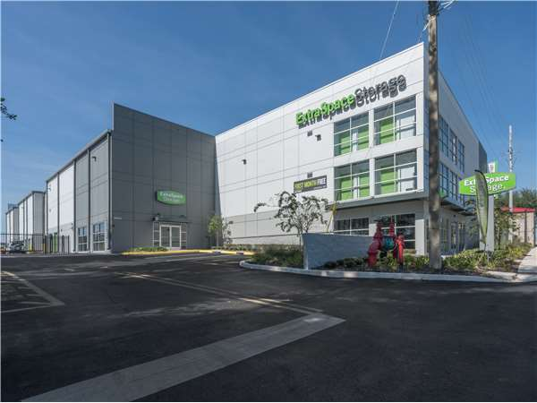 Image of Extra Space Storage Facility on 3820 S Orange Ave in Orlando, FL