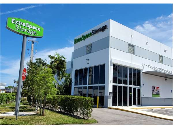 Image of Extra Space Storage Facility on 6850 SW 81st Ter in Miami, FL