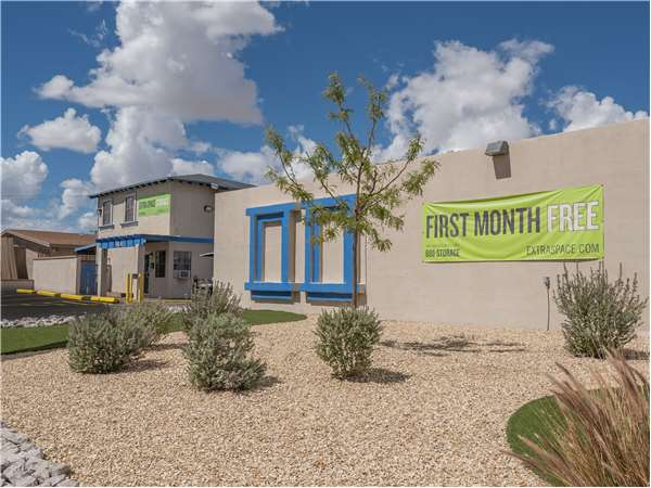 Image of Extra Space Storage Facility on 11211 Armour Dr in El Paso, TX