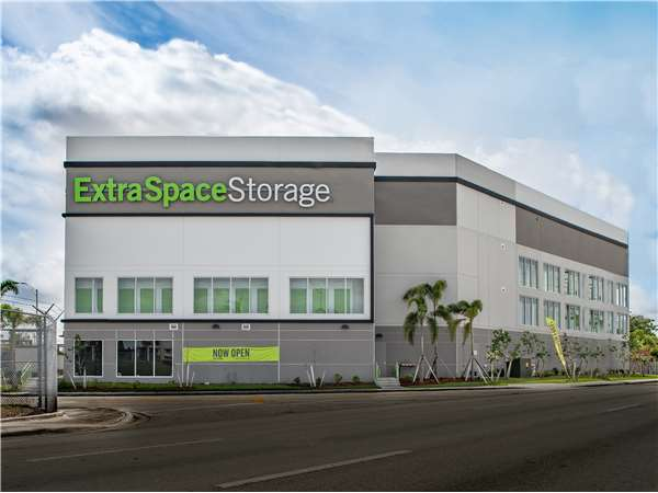 Image Of Extra Space Storage Facility On 180 W 6th St In Hialeah, FL