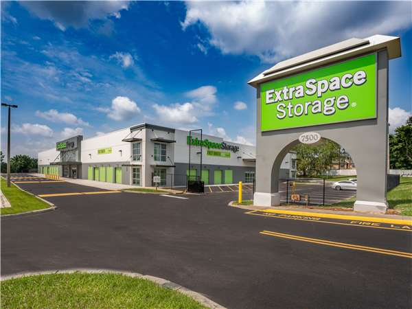 Entry To Extra Space Storage Facility Near Colonial Drive In Orlando, ...