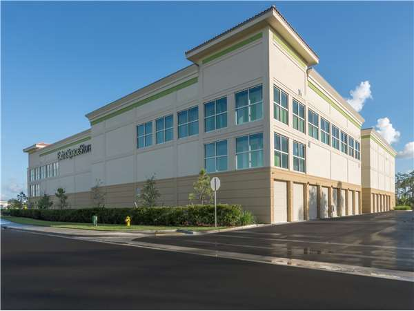 Image of Extra Space Storage Facility on 5304 Useppa Way in Naples, FL