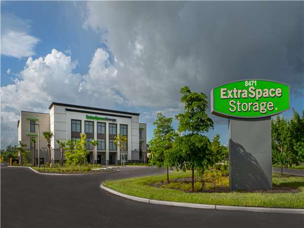 Image of Extra Space Storage Facility on 8471 Davis Blvd in Naples, FL