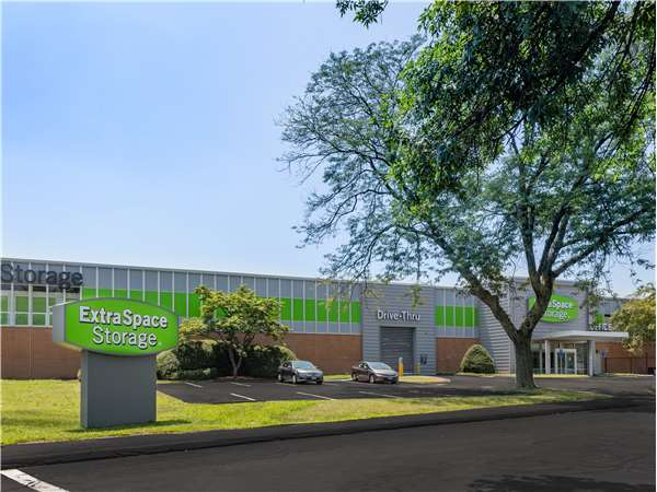 Superbe Image Of Extra Space Storage Facility On 300 Stillwater Ave In Stamford, CT