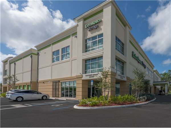 Image of Extra Space Storage Facility on 7391 Rattlesnake Hammock Rd in Naples, FL