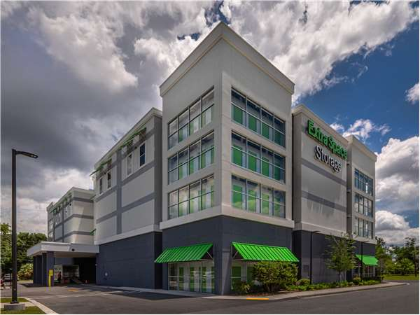 Image of Extra Space Storage Facility on 340 S Myrtle Ave in Jacksonville, FL