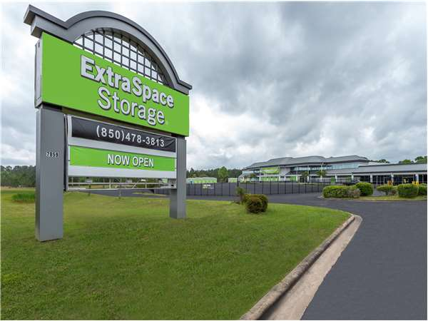 Image of Extra Space Storage Facility on 7859 Pine Forest Rd in Pensacola, FL
