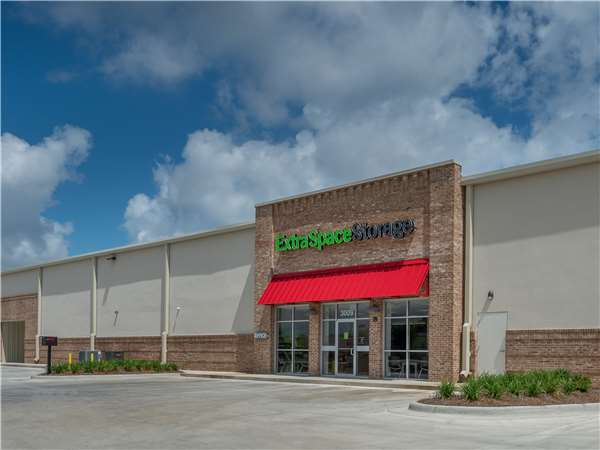 Image of Extra Space Storage Facility on 3009 McGehee Rd in Montgomery, AL
