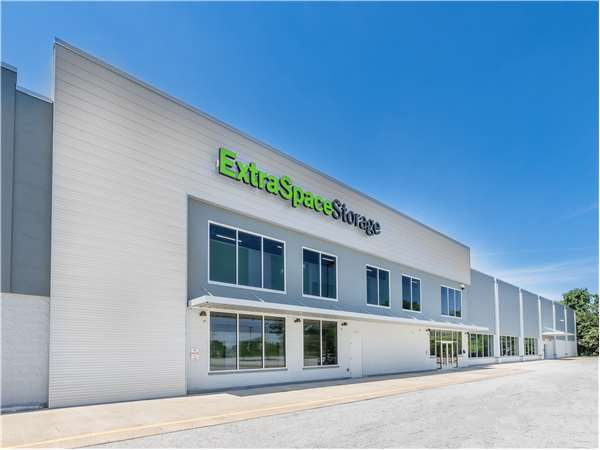 Image of Extra Space Storage Facility on 2105 Philadelphia Pike in Claymont, DE