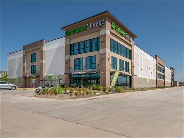 Image of Extra Space Storage Facility on 2435 Presidio Vista Dr in Fort Worth, TX