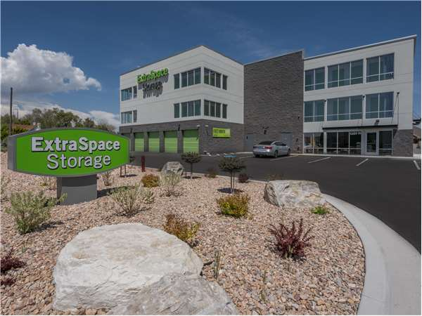 Image of Extra Space Storage Facility on 1380 W South Jordan Pkwy in South Jordan, UT